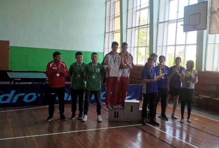 ПГИ Отлично представяне и сребърни медали на финалния етап на ученическите игри по тенис на маса в гр. Разград